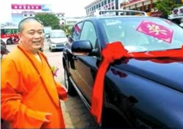 新聞聊天室:少林方丈打得過泰國拳王嗎?