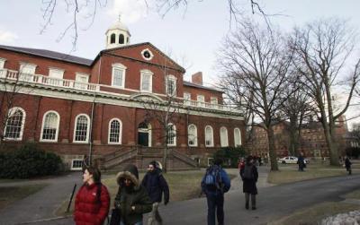 北美生活熱線:如何申請大學及大學助學金
